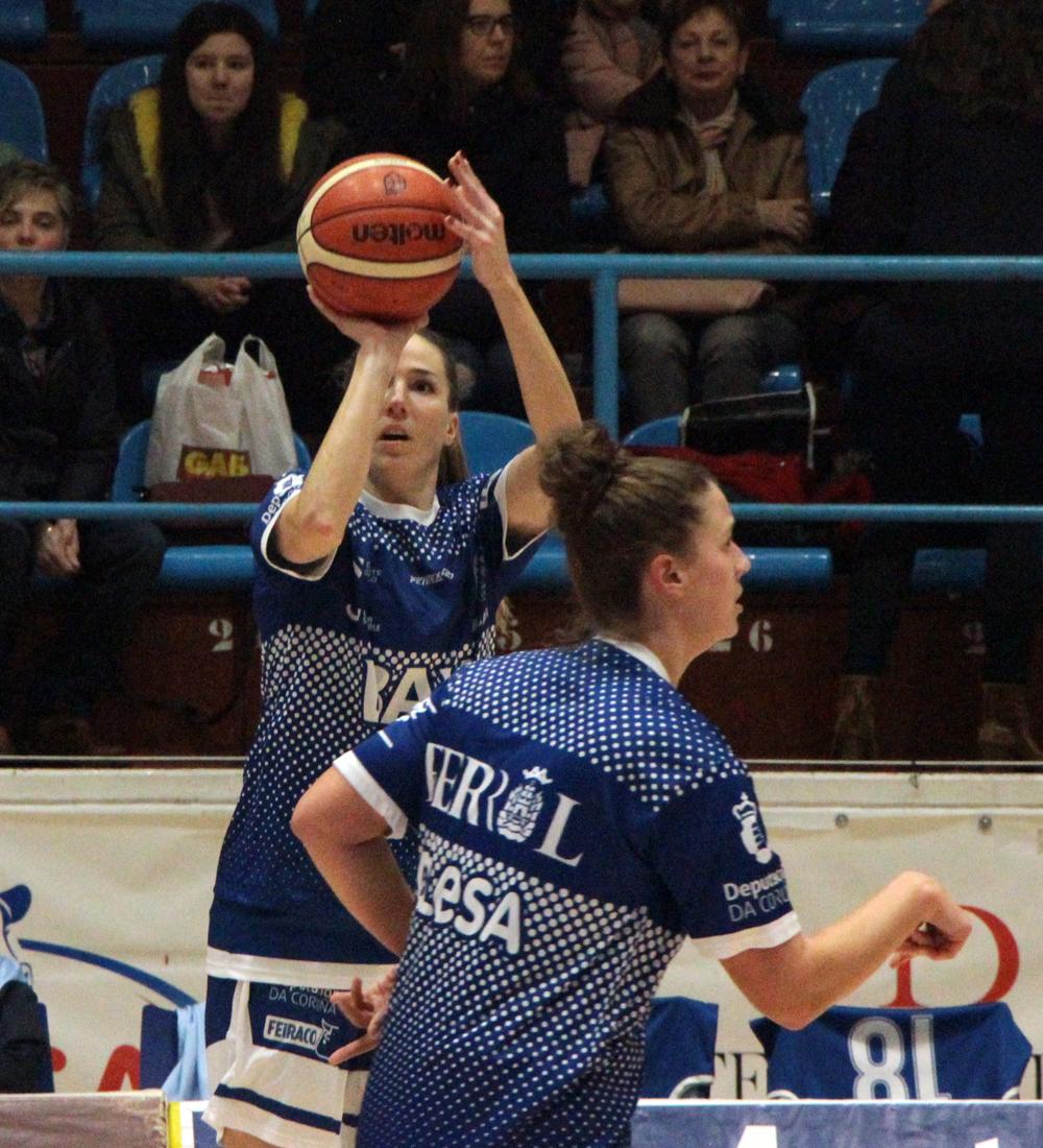 Marta Tudanca e Jenna Miller, xogadoras do Baxi Ferrol / WYKAZSZKOWSKI