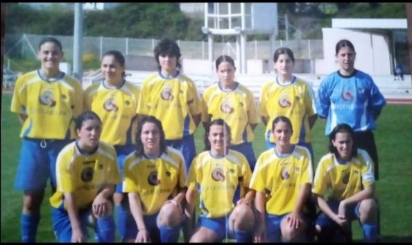 Mari Paz - Sara González cando xogaban no Atlético Arousana. Año 2005