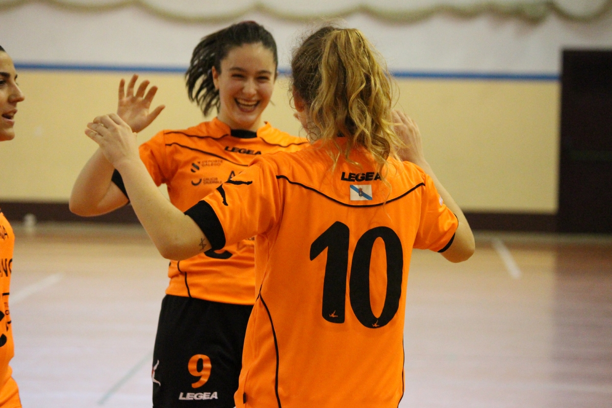 Martita celebrando o gol do Viaxes Amarelle FSF na Copa da Raíña / VIAXES AMARELLE