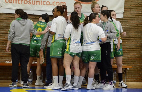 O plantel do Arxil na tempada 19-20 da Liga Feminina 2 / C.B. Arxil