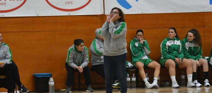 Maite Méndez, a adestradora do equipo pontevedrés / C.B. ARXIL