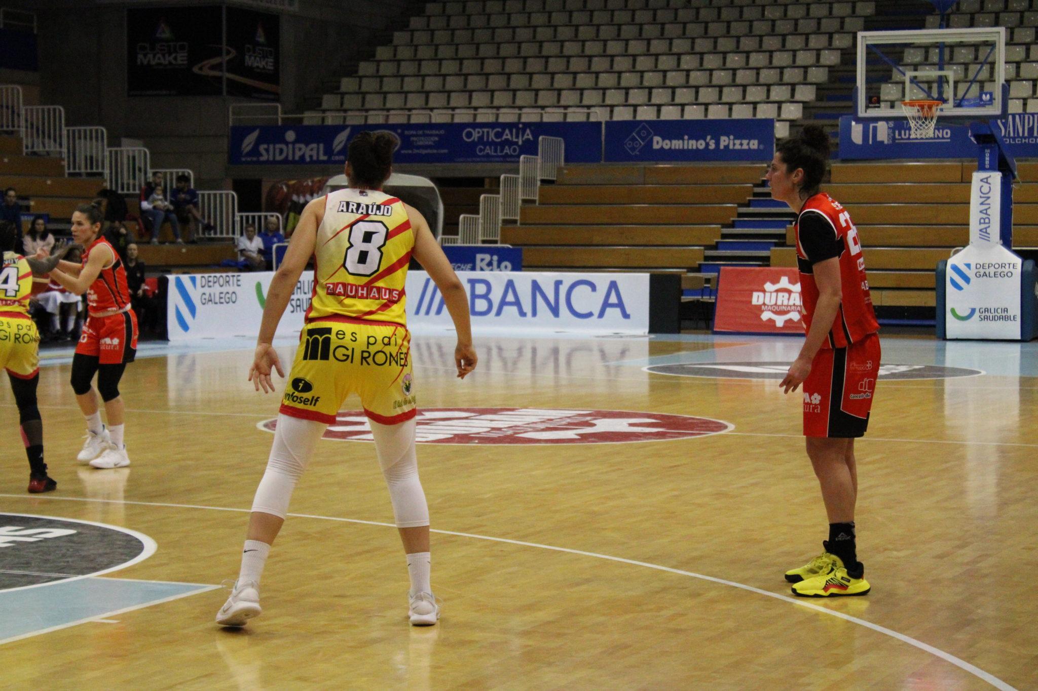 María Araújo e Bea Sánchez, ex compañeiras no Baxi Ferrol / AS NOSAS