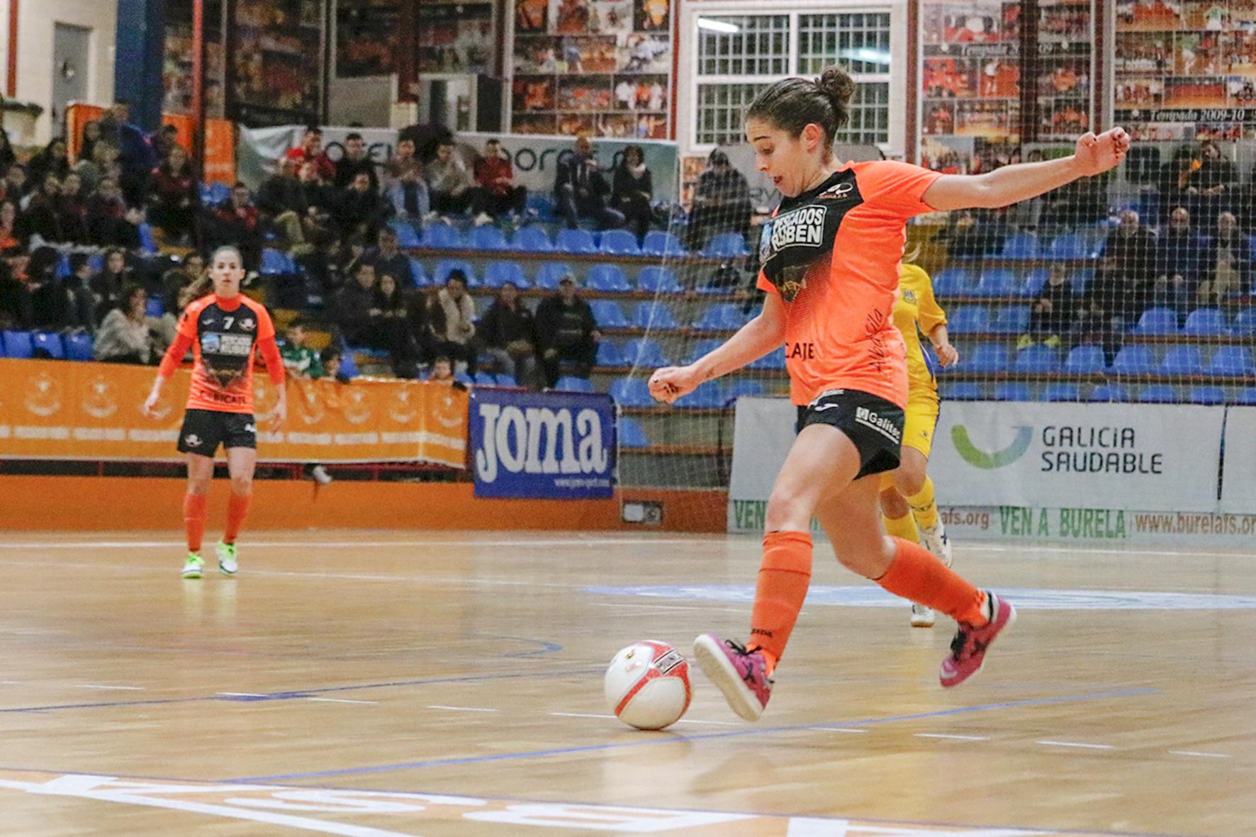 Jornada 10_Burela vs Alcorcón (16-11-2019)_Ale de Paz (3)