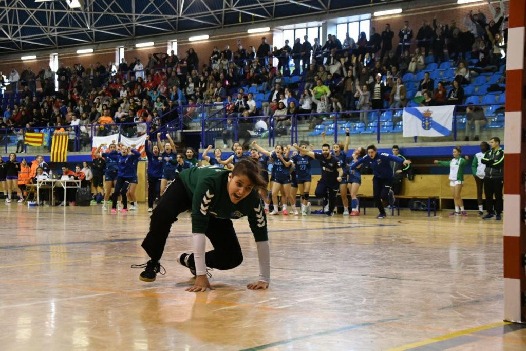 Marían mete as cadetes na loita polo 5º posto ante Cataluña / FEDERACIÓN GALEGA DE BALONMÁN