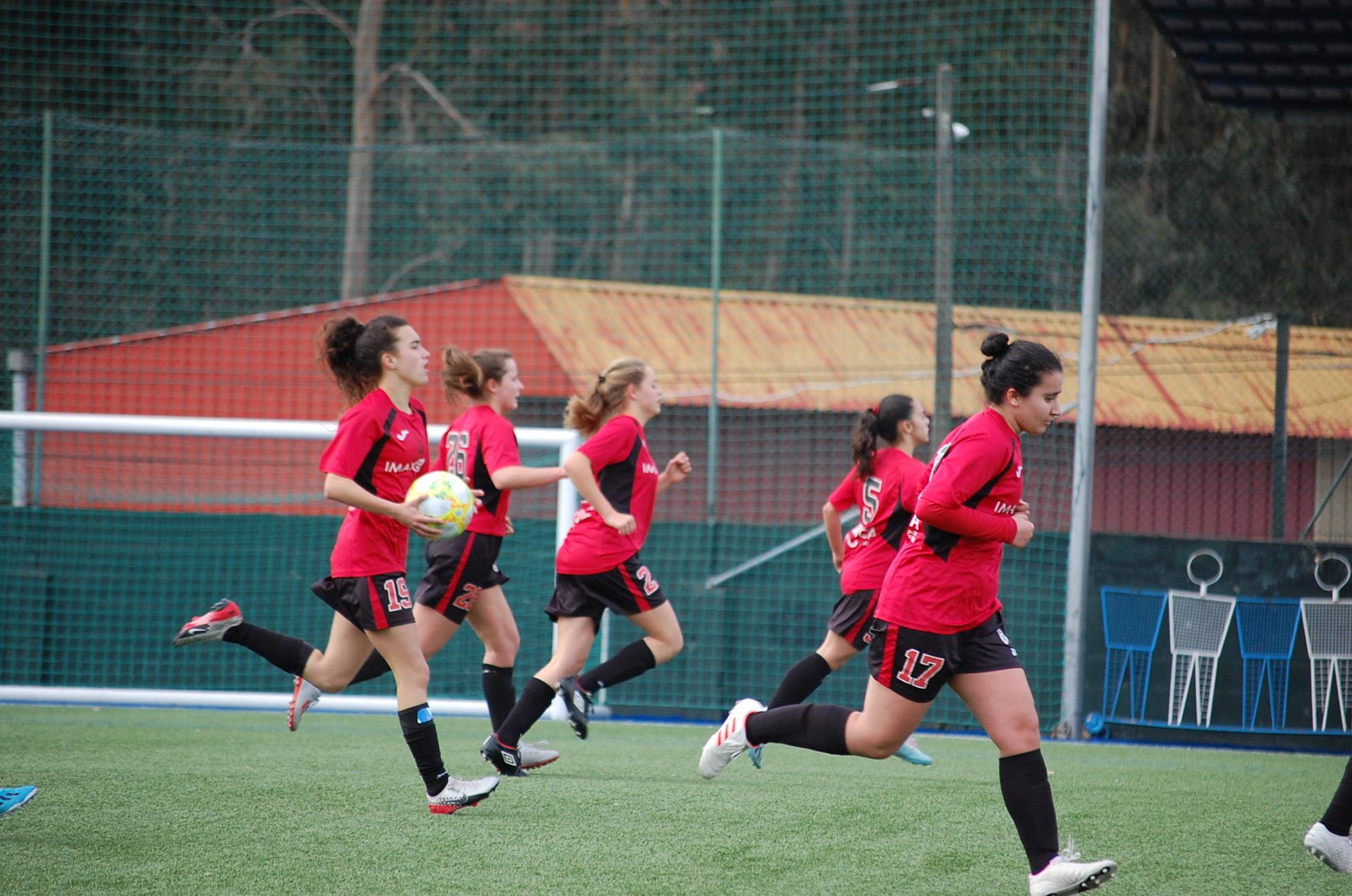 Noela do Victoria FC contra o valladares