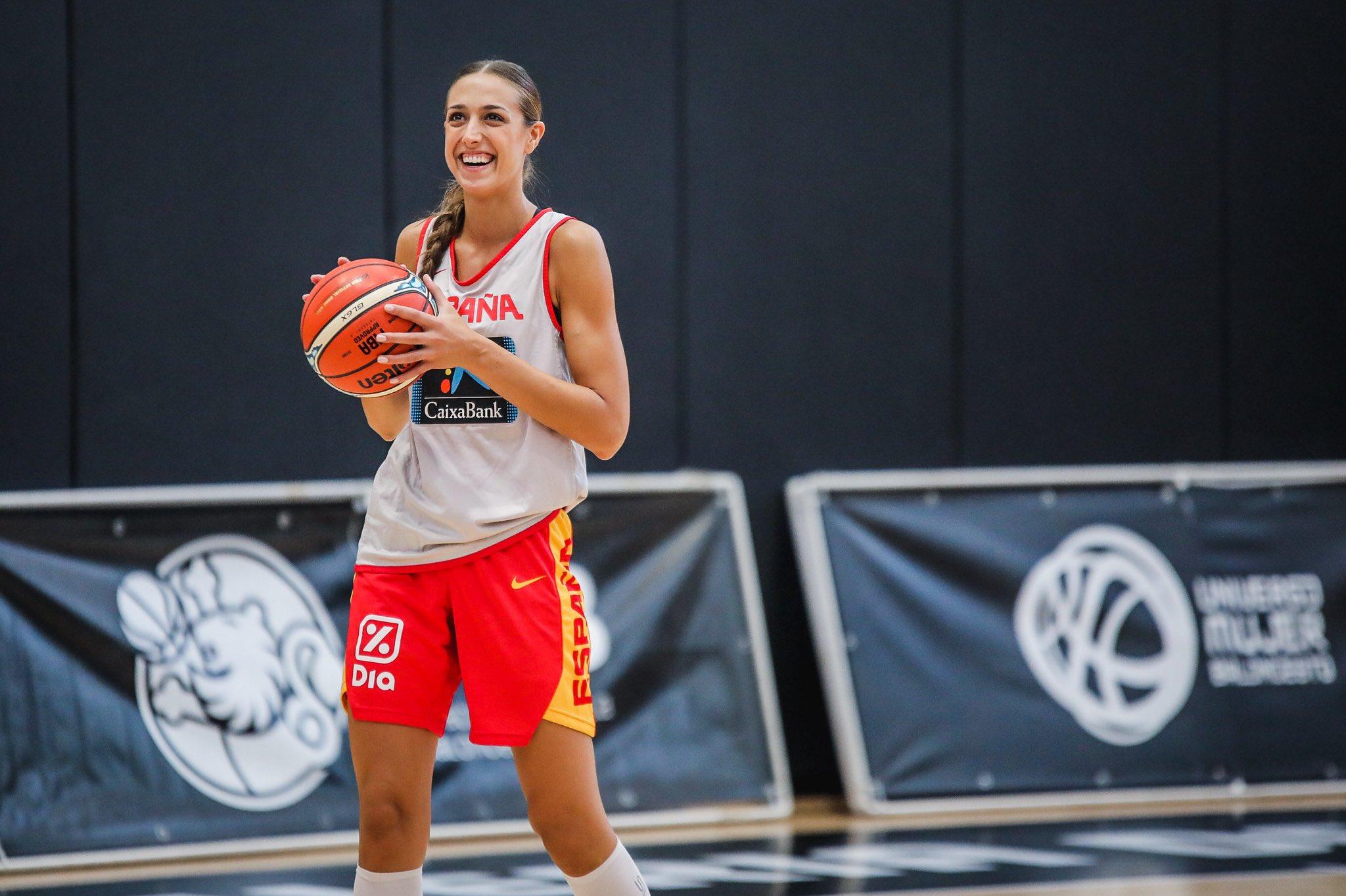 Tamara Abalde coa selección española no último eurobasket / TAMARA ABALDE