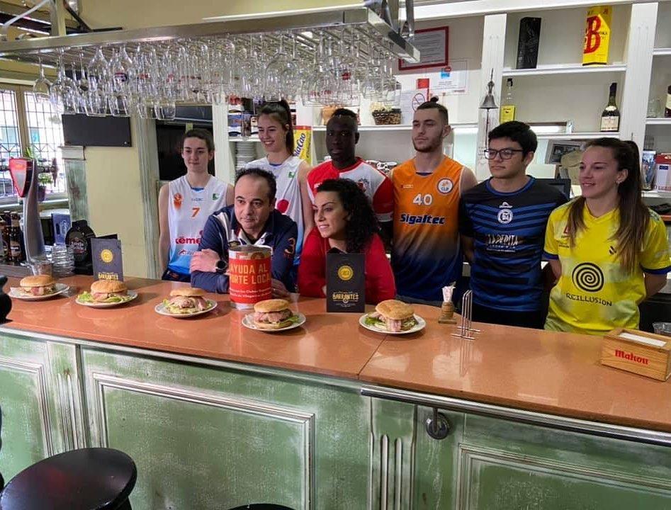 Presentación da hamburguesa deportiva co Atlético Arosuana | AA