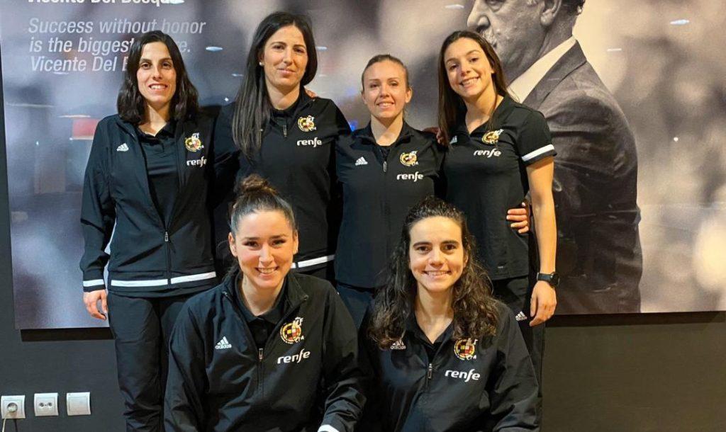 Imaxe de arquivo na que aparecen, entre outras, as colexiadas galegas Elena Casal Fernández, Beatriz Cuesta Arribas e Eugenia Gil Soriano / FUTGAL