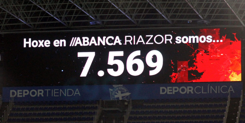 """Asistencia ao RC Deportivo ABANCA vs Valencia CF cun único """"Ladido"""" / SABELA MOSCOSO"""