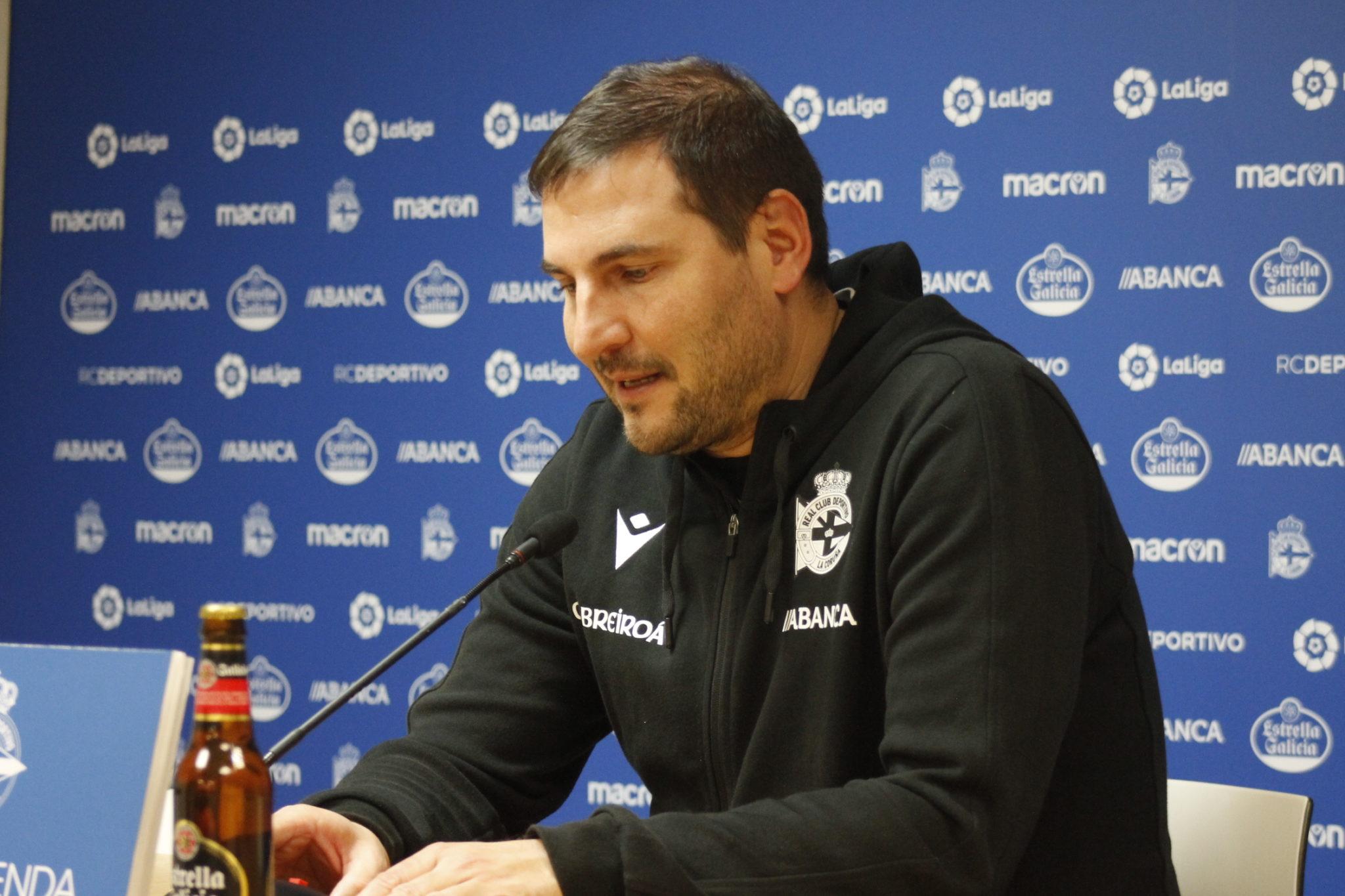 Manu Sánchez en rolda de prensa