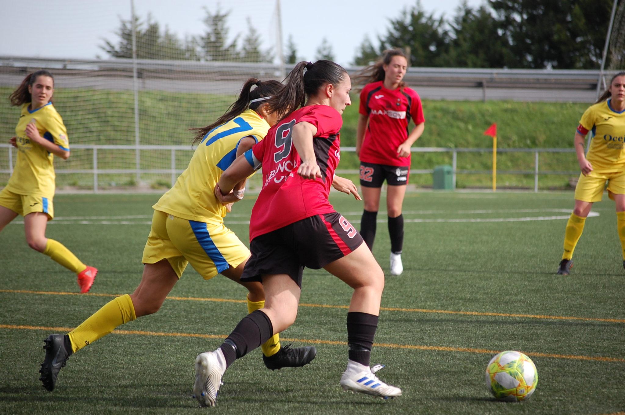 anxela do VICTORIA FC ante o Oceja