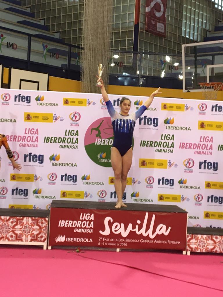 Inés Paterna sube ao primeiro chanzo na Liga Iberdrola de Ximnasia Artística / TEMPO