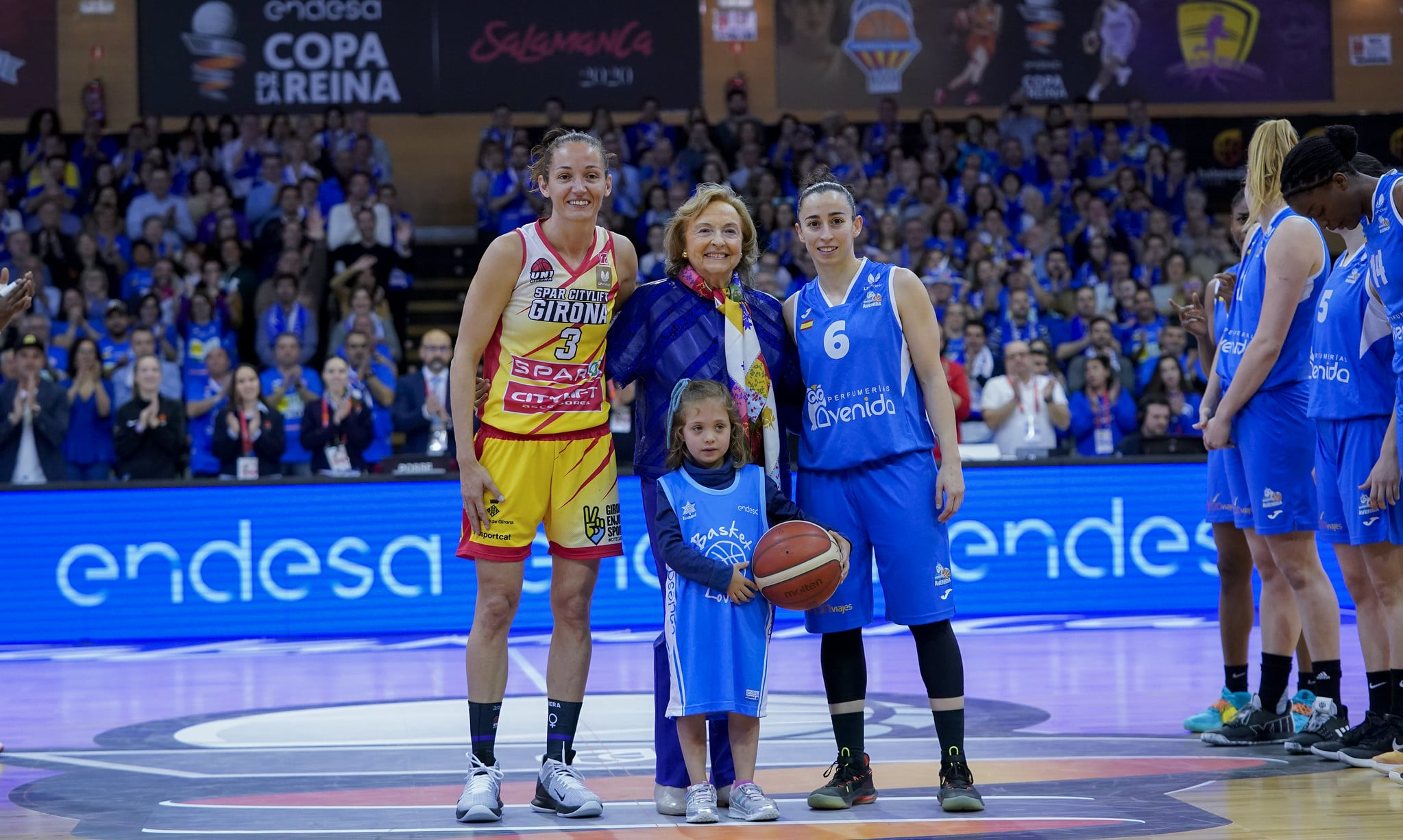 O pasado, o presente e o futuro do baloncesto español / FEB