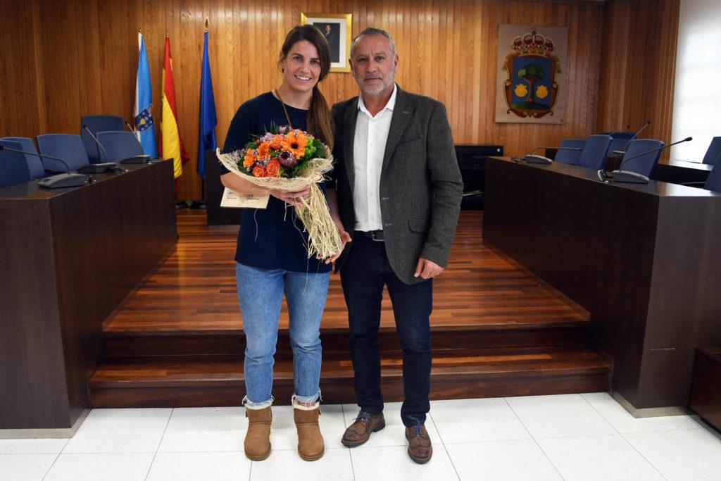 Paula Medín co alcalde de Cambre, Óscar García Patiño / CAMBRE