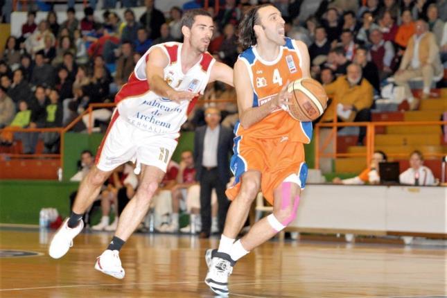 Lino López na súa etapa na Coruña en 2008 - FEB