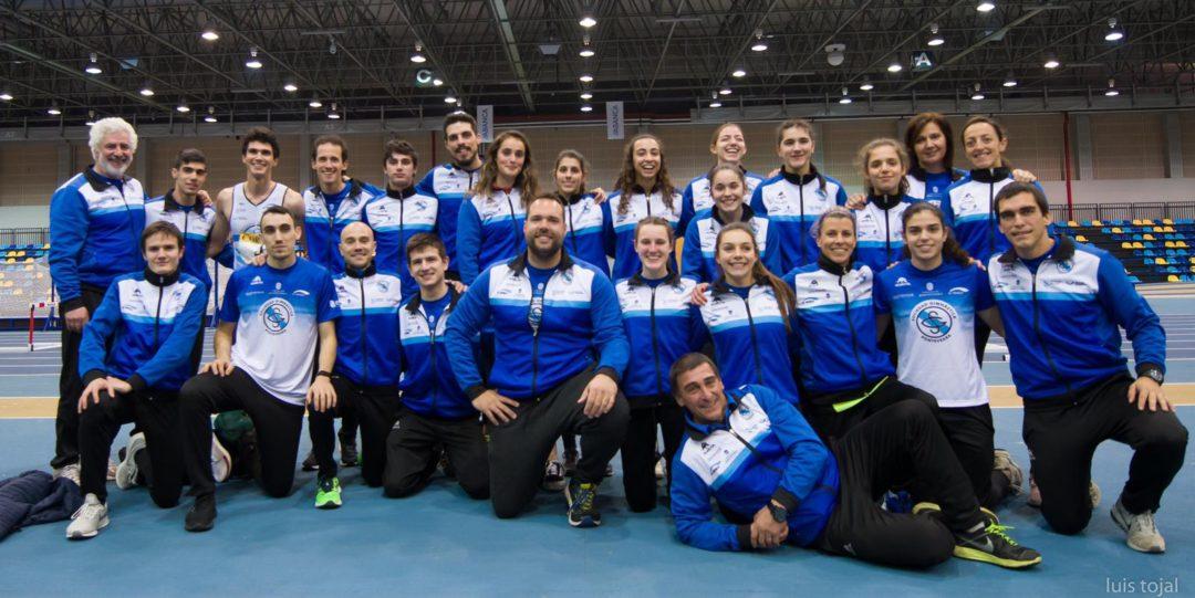 A Sociedade Ximnástica de Pontevedra gañou a Copa Galega de Clubs de pista cuberta en categoría masculina e en feminina. - Foto: Luís Tojal