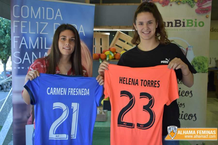 Helena Torres na súa fichaxe polo Alhama de Murcia - Alhama
