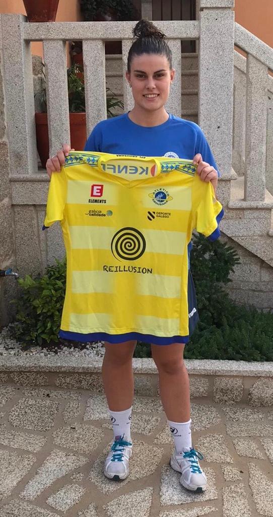 Carla Falcón, xogadora do Atlético Arousana - AA