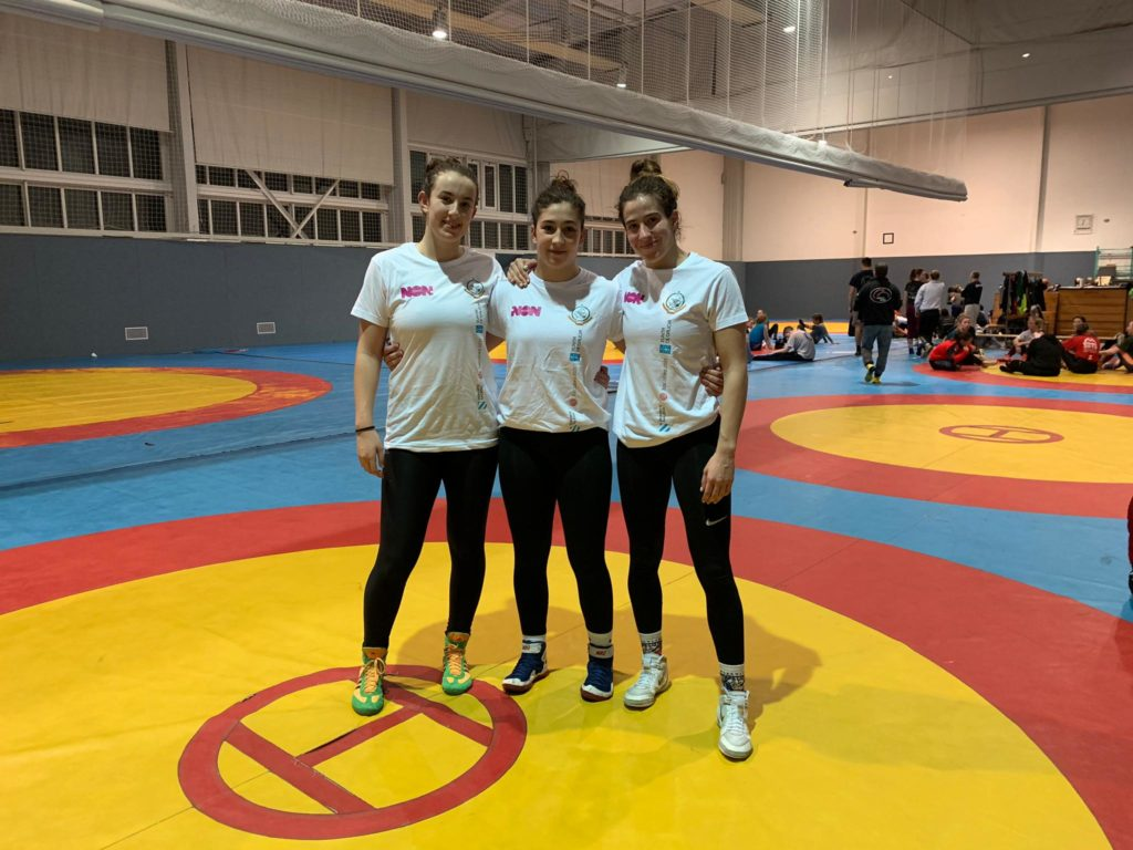Loita Nerea Iglesias, Nerea Pampín e Lydia Pérez / FGLeDA