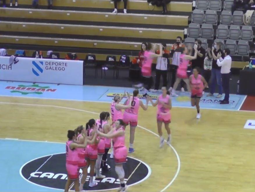 Saída á cancha do Pazo dos Deportes de Lugo do Durán Maquinaria Ensino / CANAL TV FEB