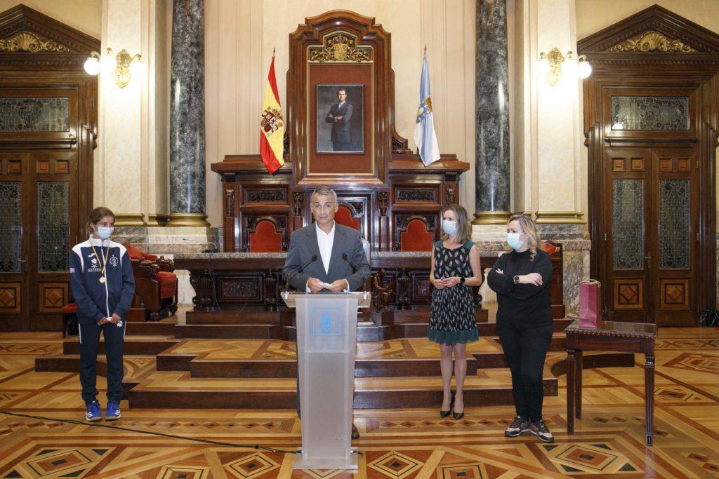 Recepción na Coruña ás coruñesas da Selección España Hoquei Herba Sub14 / CONCELLO DA CORUÑA