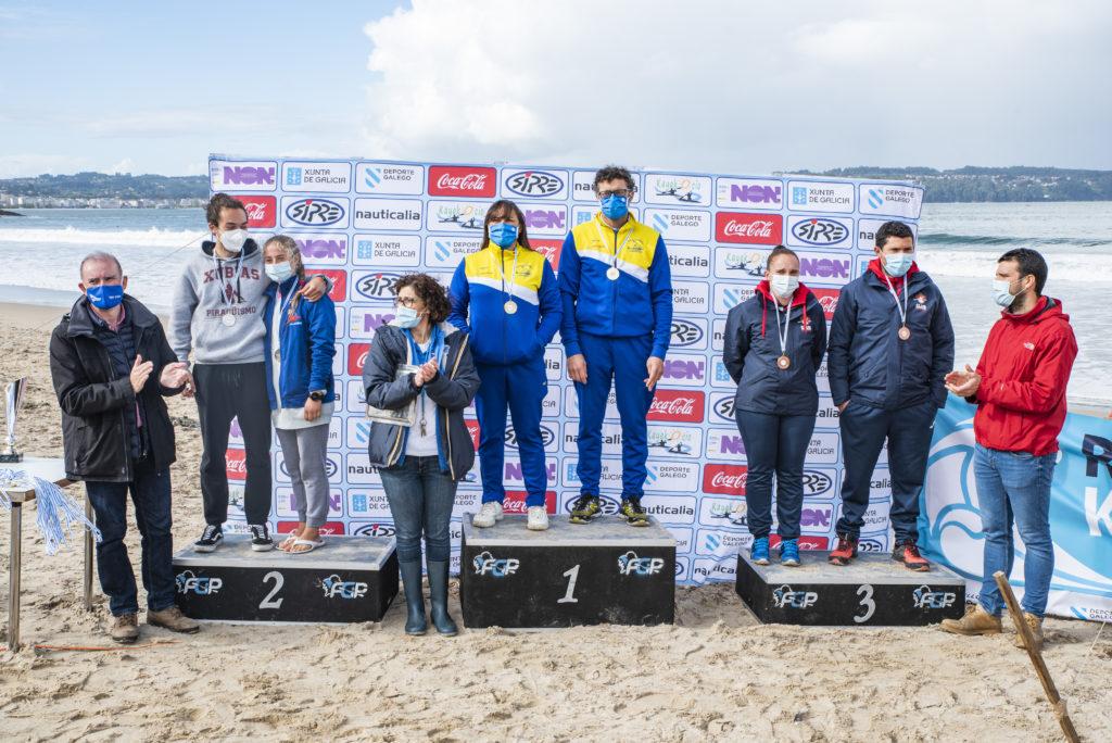 , da Sociedade Deportivas As Xubias, e terceiros Jessica Moledo e José Ángel Besada, do Club Piragüismo Olívico.