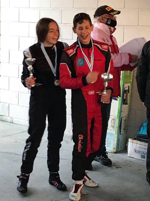 Vera Bouza, patrocinada por KIA CORGAL, quedou segunda en categoría junio no campionato galego de Karting / VERA BOUZA