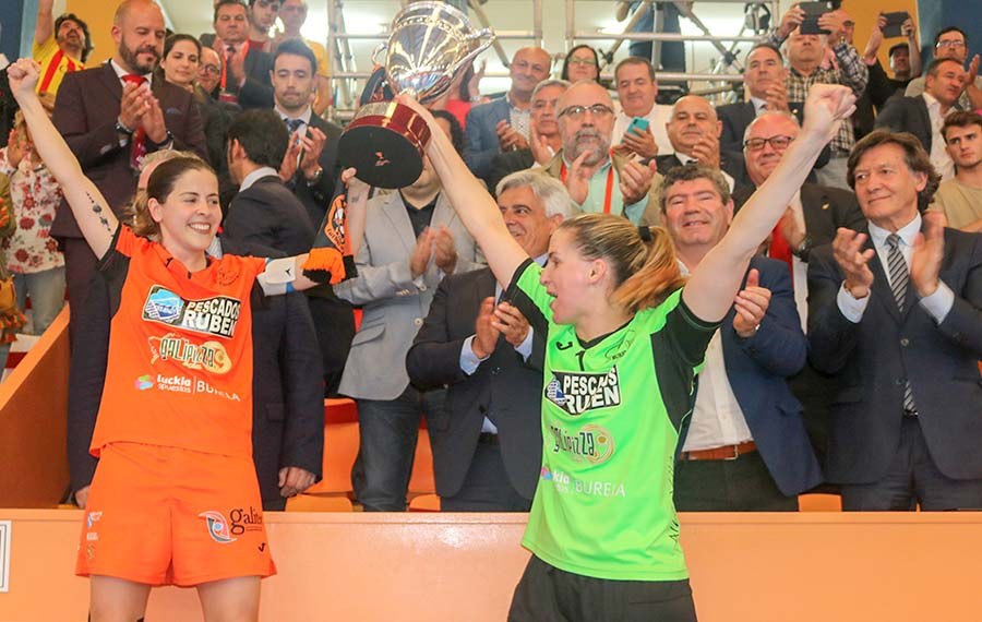 O Burela fíxose co título da Copa na edición anterior / ASOCIACIÓN DE CLUBS DE FUTSAL FEMENINO