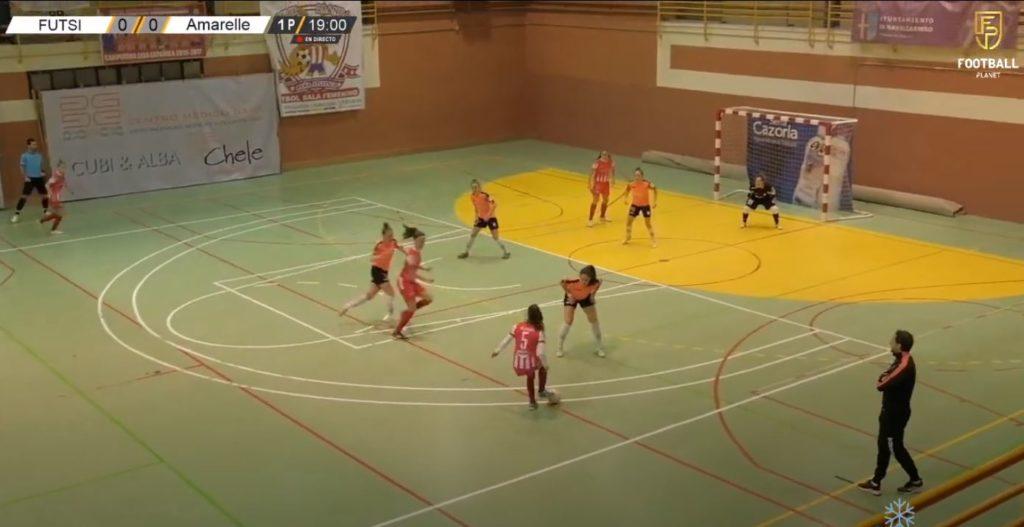 Captura da transmisión do Viaxes Amarelle vs Futsi Atlético Navalcarnero / FOOTBALL PLANET