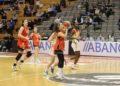 Carlos Cantero puido dar minutos a xogadoras moi novas como Paula Hoyuelos / ENSINO LUGO