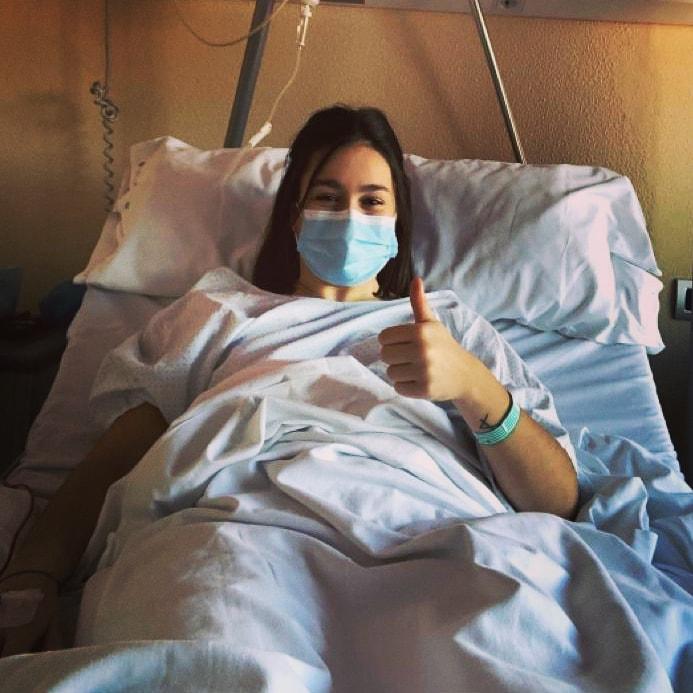 A operación de ligamento cruzado anterior de Martita, foi un éxito / VIAXES AMARELLE