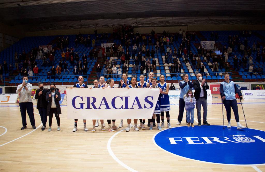 O BAXI Ferrol agradece á súa afección o apoio no seu último partido na Malata deste curso / UNIVERSITARIO FERROL