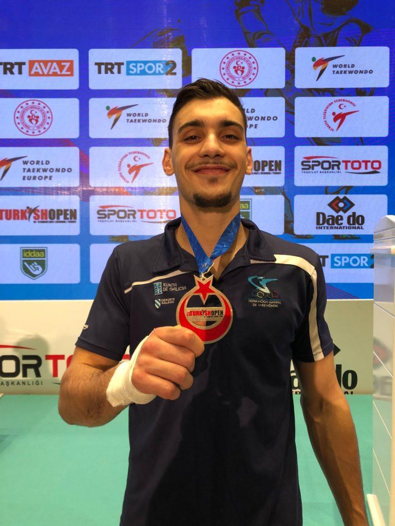 Ouro no Open de Turquía de Taekwondo para o galego Iván García / FEDERACIÓN GALEGA DE TAEKWONDO