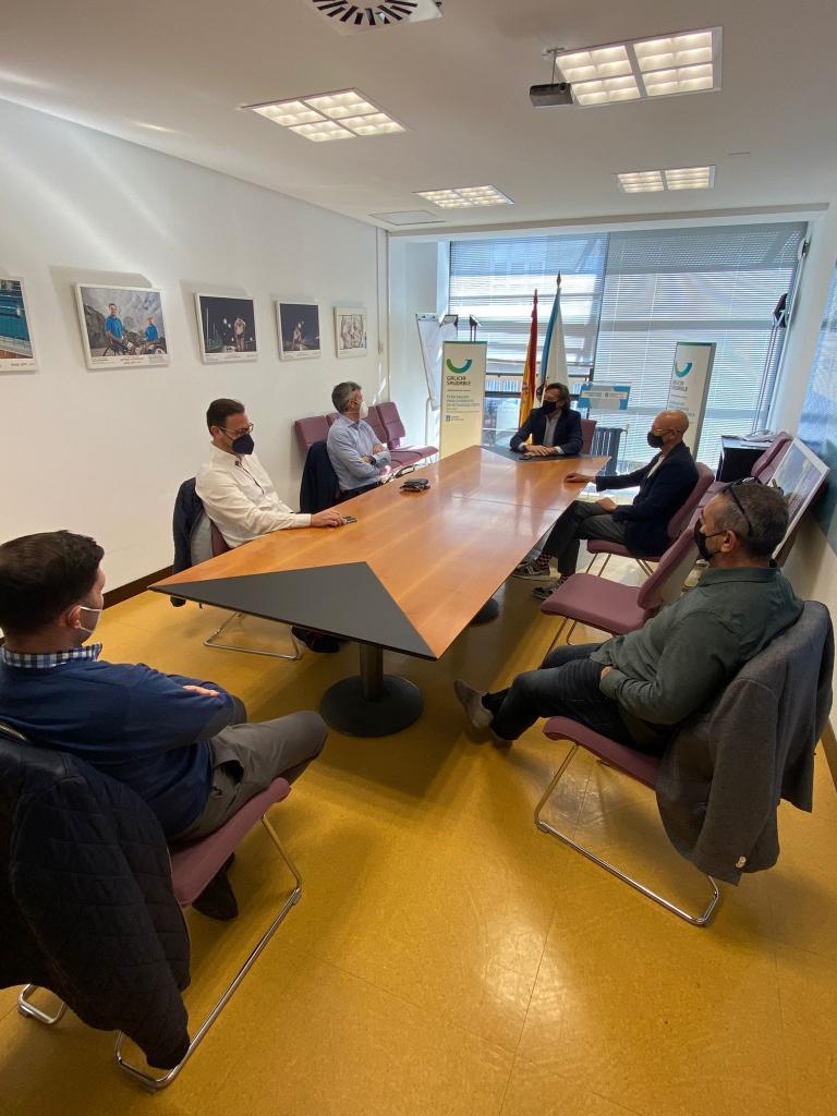 José Ramón Lete Lasa, mantivo unha xuntanza de traballo coa xunta directiva do Clúster da Industria do Deporte e do Benestar de Galicia / XUNTA DE GALICIA