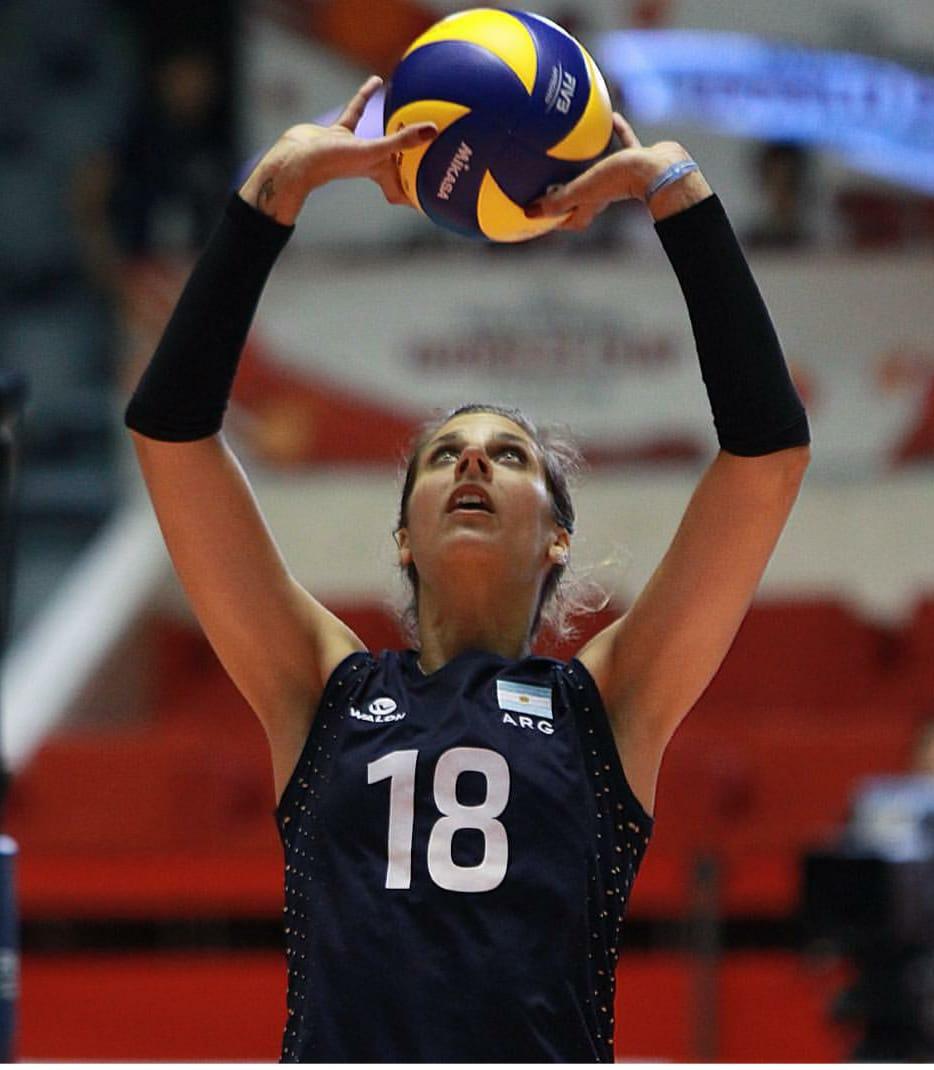 Yael Castiglione, nova xogadora do Emevé / EMEVÉ