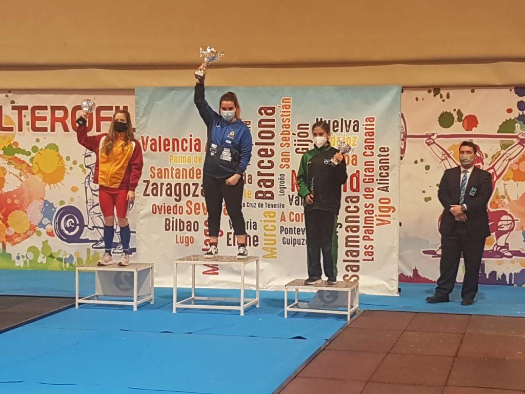 Galicia, no máis alto do caixón feminino no Campionato de España Junior de halterofilia / CH CORUÑA