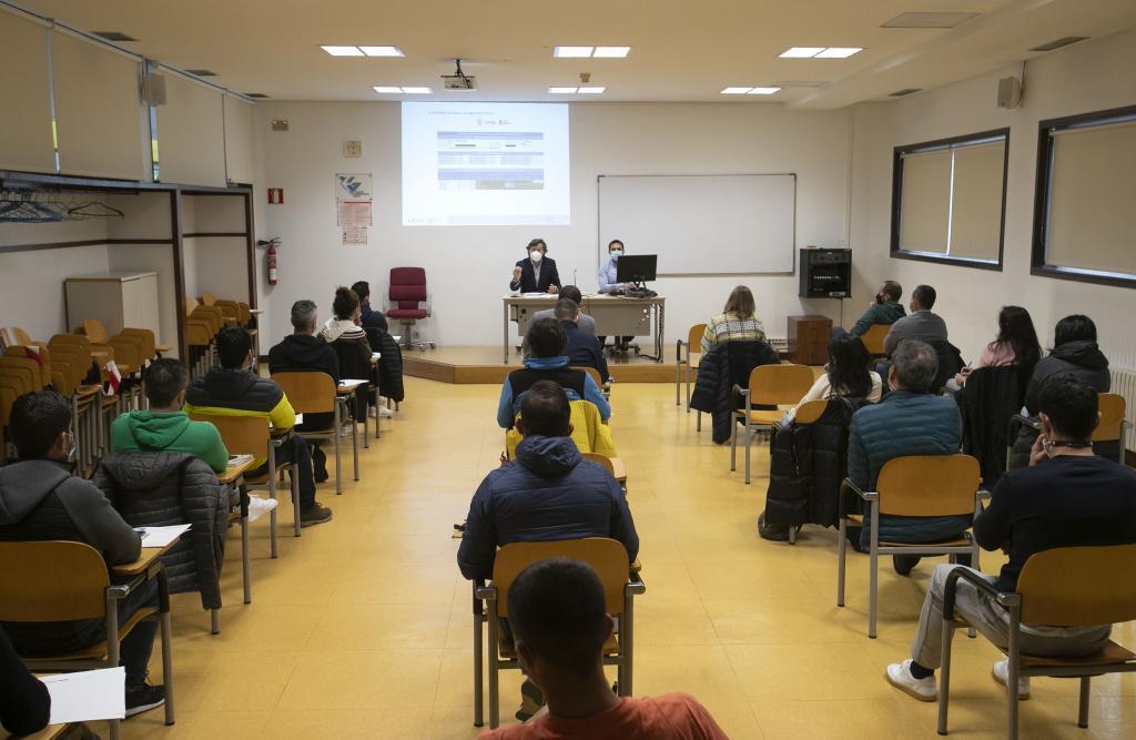 Lete Lasa, acompañou na última xornada do curso 'A figura do promotor de exercicio e saúde en concellos galegos' a unha vintena de técnicos deportivos locais / XUNTA DE GALICIA