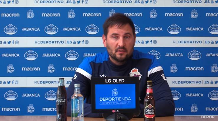 Manu Sánchez, adestrador do Dépor ABANCA na rolda de prensa previa ao partido contra o Barcelona/ RCD