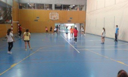 Adestramento das xogadoras de primeiro ano / BALONMANO BRIGANTIUM