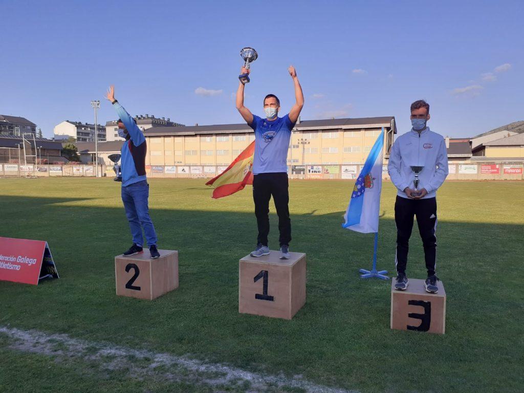 Podio masculino do Campionato de Galicia de Clubs / FEDERACIÓN GALEGA DE ATLETISMO