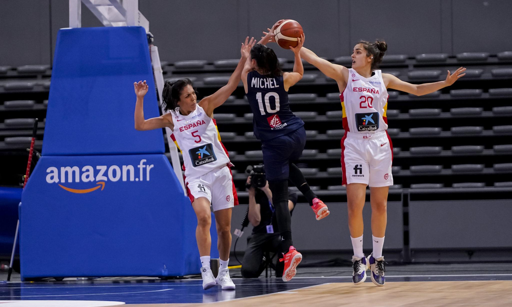 Paula Ginzo coa Selección Española - FEB