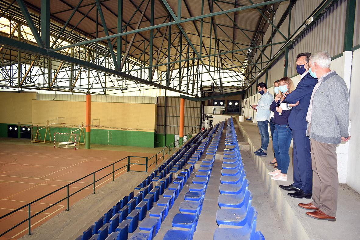 A Xunta e o Concello de Valga acordan as obras do pavillón de Beiro por 80.000 euros / SECRETARÍA XERAL PARA O DEPORTE