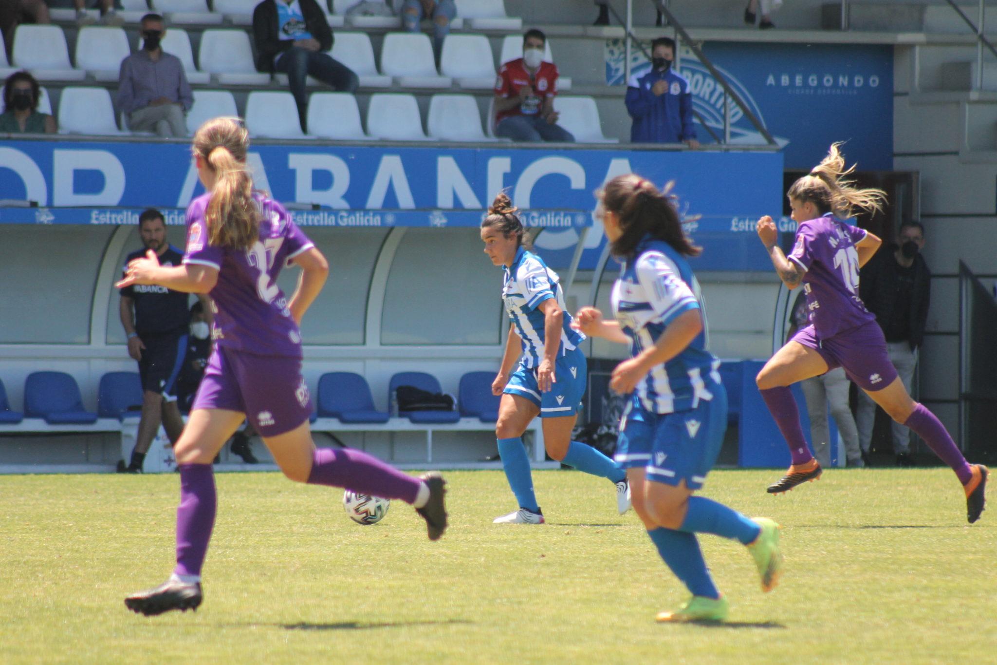 Lía, xogadora do Dépor ABANCA, ante o Granadilla Tenerife / CARMEN G. MARIÑAS