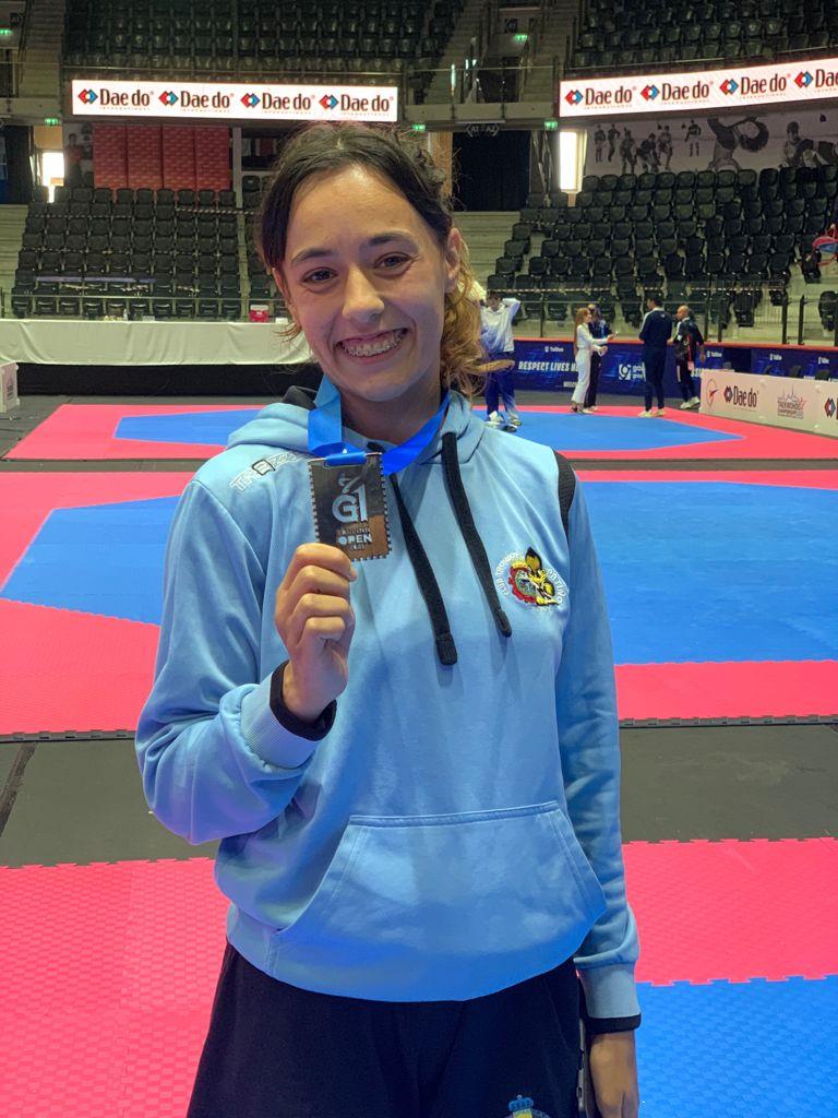 No Open de Estonia Galicia regresou con medallas para Iván García (ouro), Miryam García (prata) e Arlet Ortiz (bronce) / FEDERACIÓN GALEGA DE TAEKWONDO