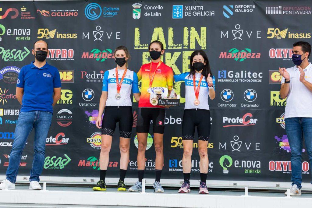 Podio elite feminino no Campionato de España - Lalín Bike Race Xacobeo 2021 / FEDERACIÓN GALEGA DE CICLISMO