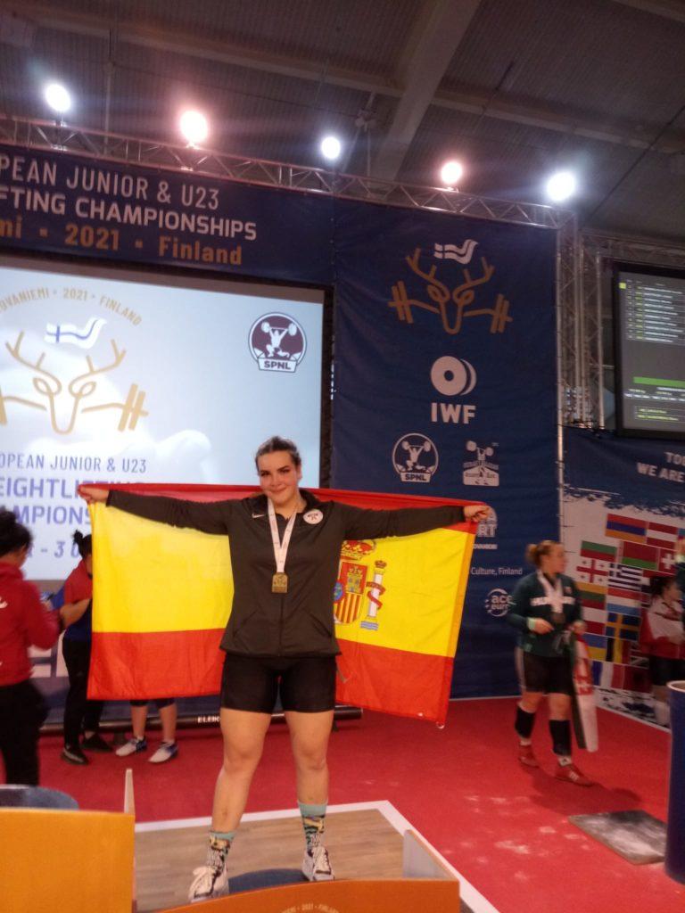 Irene Blanco Tarela, bronce no Europeo junior de halterofilia / CH CORUÑA