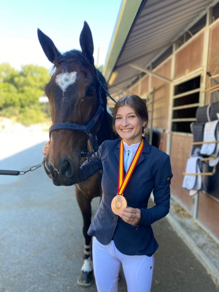 Ainoa Calviño Rabón, integrante do Club CR Sport Horse / CONCELLO ABEGONDO